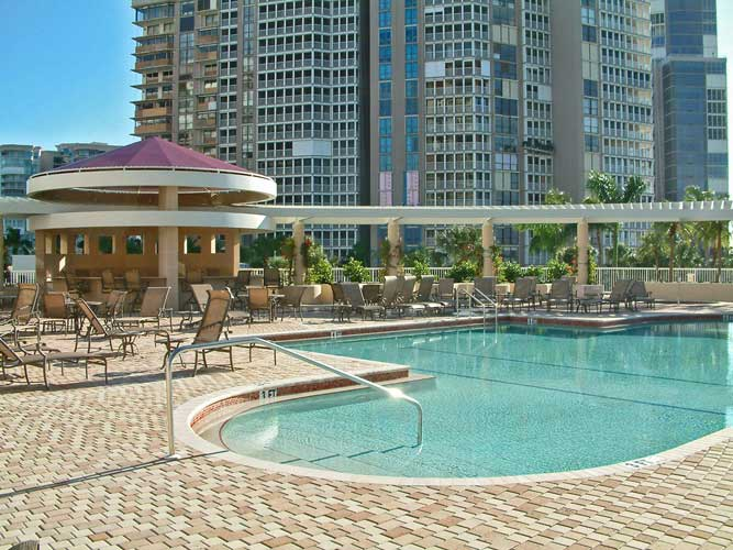 Aria Condo Pool - Naples, Florida