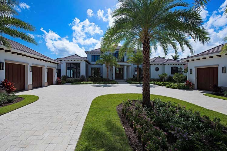 Front entry drive of an Estate lot in Estuary - Naples, Florida